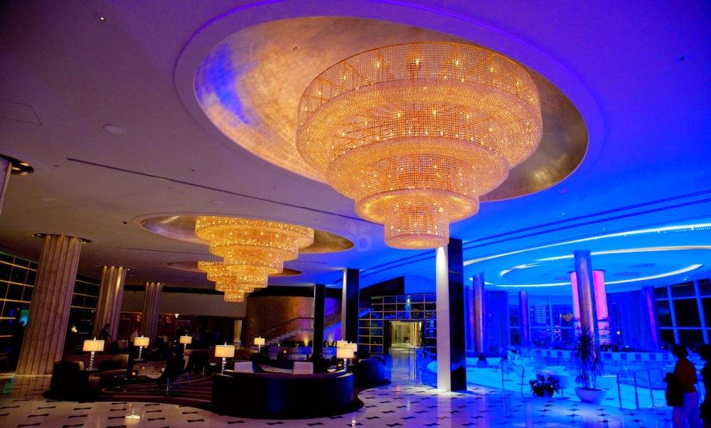 fontainebleau-lobby